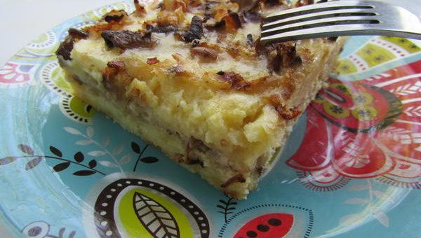 Картофельная запеканка с грибами и луком